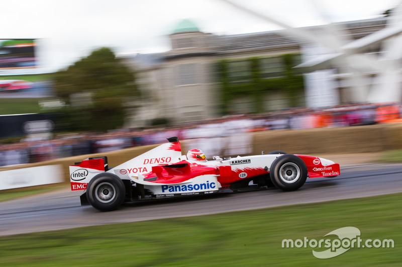 Toyota TF105 - Harald Fuchs