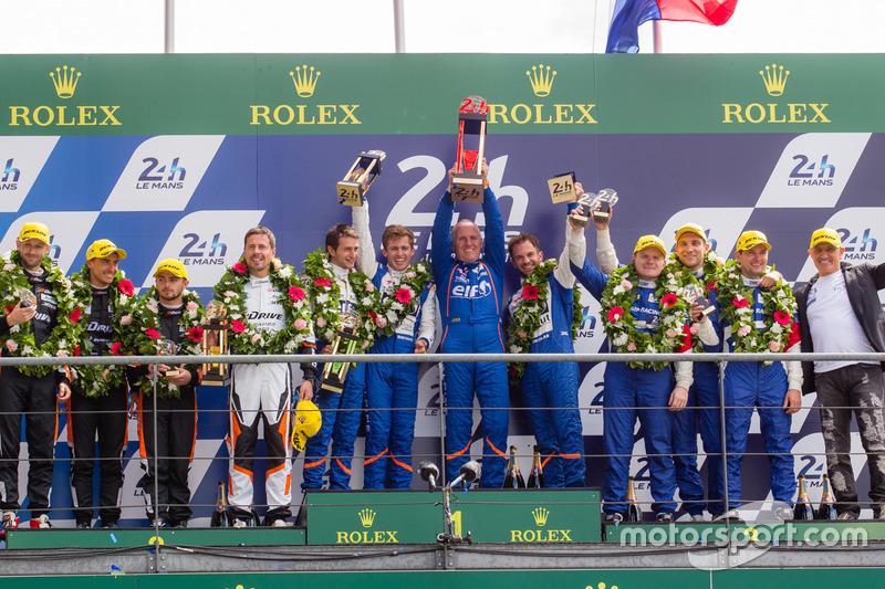 Podium LMP2 : les vainqueurs de la catégorie : #36 Signatech Alpine A460:  Gustavo