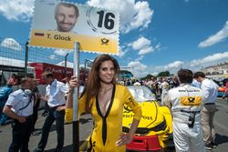 Grid girl, Timo Glock, BMW Team RMG, BMW M4 DTM
