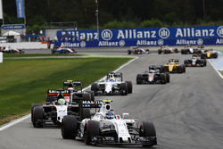 Valtteri Bottas, Williams FW38 voor Nico Hulkenberg, Sahara Force India F1 VJM09