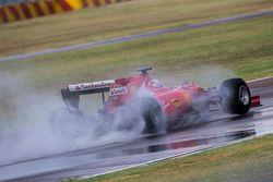 Sebastian Vettel, Ferrari, teste les pneus Pirelli 2017