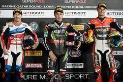 Top 3 después de Superpole: ganador Jonathan Rea, Kawasaki Racing; segundo Nicky Hayden, Honda World
