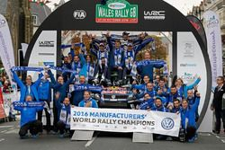 The Team Volkswagen Motorsport celebrate his 4th Manufactureres Chamionship