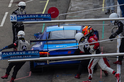 Pit action change the driver