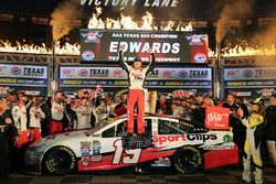 Ganador, Carl Edwards, Joe Gibbs Racing Toyota