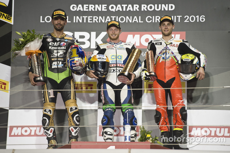 Podium: Race winner Kyle Smith, Honda; second place Kenan Sofuoglu, Puccetti Racing; third place Jules Cluzel, MV Agusta Reparto Corse