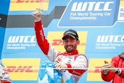 Podio: ganador de la carrera José María López, Citroën World Touring Car Team, Citroën C-Elysée WTCC