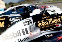McLaren MP4-16 et Louts F1