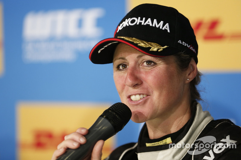 Conferencia de prensa: Sabine Schmitz, All-Inkl Motorsport, Chevrolet RML Cruze TC1