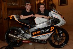John McPhee, Saxoprint RTG y Alexis Masbou, Saxoprint RTG
