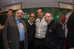 (izq-der) José Abed Vicepresidente de FIA México;Adrian Férnandez; Ricardo Gonzalez RGR Sport y Jea