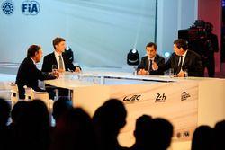Presidente de la FIA Endurance Commission Lindsay Owen-Jones, presentador Bruno Vandestick, ACO pres
