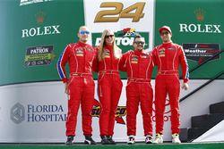 #63 Scuderia Corsa Ferrari 458 Italia: Christina Nielsen, Alessandro Balzan, Robert Renauer, Jeff Se