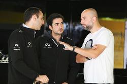 Cyril Abiteboul, Directeur Général Renault Sport Racing avec Gérard Lopez