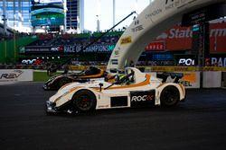 Felipe Massa, races Kurt Busch, in the Radical SR3 RSX