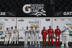 Podium GTLM: first place Joey Hand, Dirk Müller, Sébastien Bourdais, Ford Performance Chip Ganassi Racing, second place Patrick Pilet, Dirk Werner, Frederic Wakowiecki, Porsche Team North America, third place Toni Vilander, Giancarlo Fisichella, James Calado, Risi Competizione