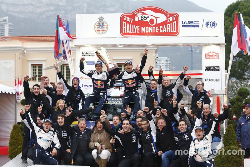 Los ganadores Sébastien Ogier, Julien Ingrassia, Ford Fiesta WRC, M-Sport