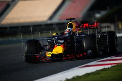 Daniel Ricciardo, Red Bull Racing RB13 avec des équipements de mesure