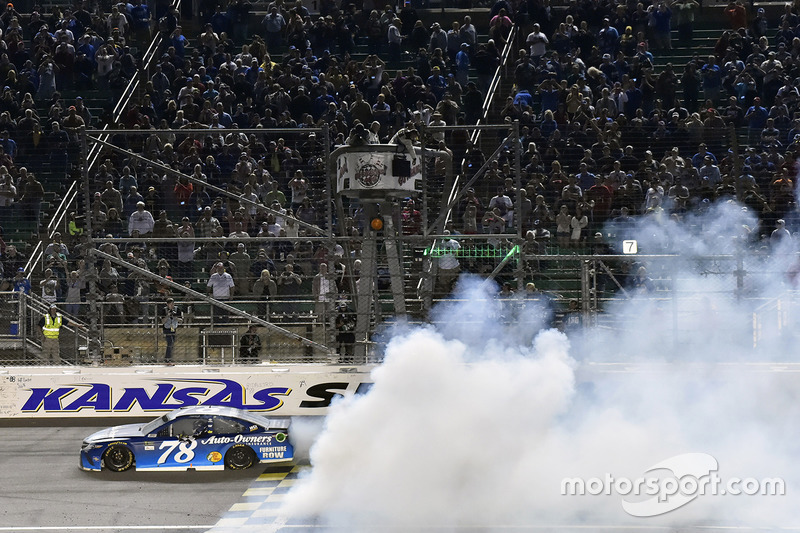 Kansas City (Kansas): Martin Truex Jr. (Furniture-Row-Toyota)