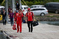 Kimi Raikkonen, Ferrari et Gino Rosato, Ferrari