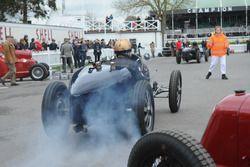 Трофей Варци: Саймон Диффи, Bugatti