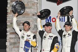 Подіум GTLM: переможці Антоніо Гарсія, Ян Магнуссен, Майк Роккенфеллер, Corvette Racing