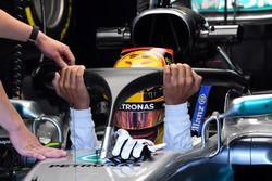 Lewis Hamilton, Mercedes-Benz F1 W08 avec le Halo