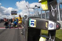 Грід-гол Ландо Норріса, Carlin, Dallara F317 Volkswagen
