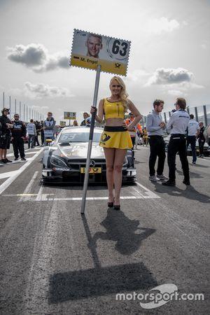 Grid girl, Maro Engel, Mercedes-AMG Team HWA, Mercedes-AMG C63 DTM