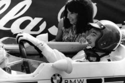 Les Rangiers 1967, Jo Siffert und seine erste Frau Sabine, Lola-BMW F2