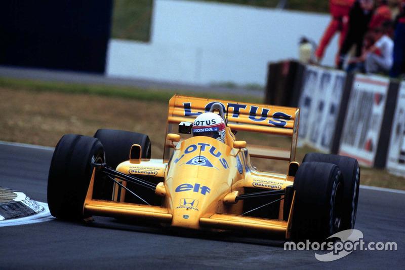 """12. <img src=""""https://cdn-0.motorsport.com/static/img/cfp/0/0/0/100/110/s3/japan-2.jpg"""" alt="""""""" width=""""20"""" height=""""12"""" />Satoru Nakajima, 74 Grandes Premios (1987-1991), el mejor resultado es el 4° lugar en (Gran Bretaña 1987 y Australia 1989)."""