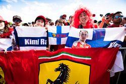 Fans of Kimi Raikkonen