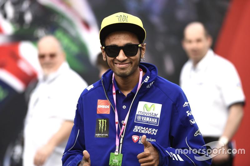 Valentino Rossi memiliki kembaran?