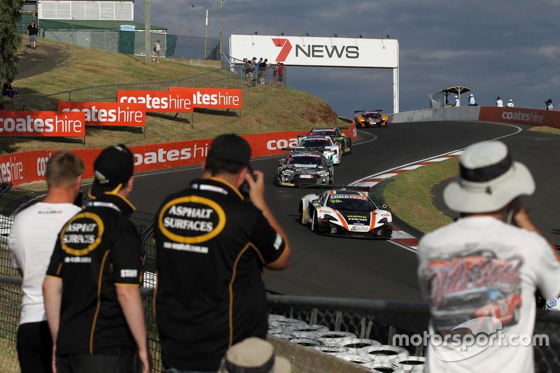 №59 Tekno Autosports / McLaren GT, McLaren 650s GT3: Бен Барникот, Джонни Кейн, Уилл Дэвисон