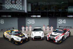 Групповое фото: №23 Nissan Motorsport, Nissan GT-R Nismo GT3: Кацумаса Чийо, Алекс Банкомб, Майкл Ка