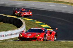 #62 Risi Competizione Ferrari 488 GTE: Toni Vilander, Giancarlo Fisichella, Alessandro Pier Guidi