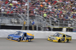Chase Briscoe, Brad Keselowski Racing Ford, Grant Enfinger, ThorSport Racing Toyota