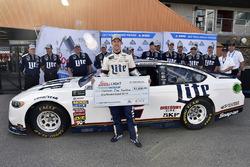 Brad Keselowski, Team Penske Ford pole winner