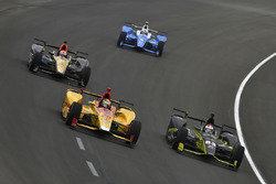 Ryan Hunter-Reay, Andretti Autosport Honda, Charlie Kimball, Chip Ganassi Racing Honda