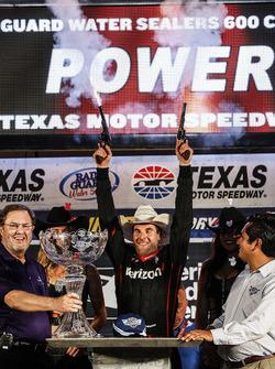 Will Power, Team Penske Team Penske Chevrolet celebra con pistolas