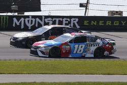 Kyle Busch, Joe Gibbs Racing Toyota  Martin Truex Jr., Furniture Row Racing Toyota