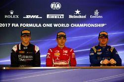 Conferenza stampa post-gara: il vincitore della gara Charles Leclerc, PREMA Powerteam, il secondo cl