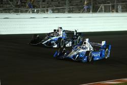 Josef Newgarden, Team Penske Chevrolet, Max Chilton, Chip Ganassi Racing Honda