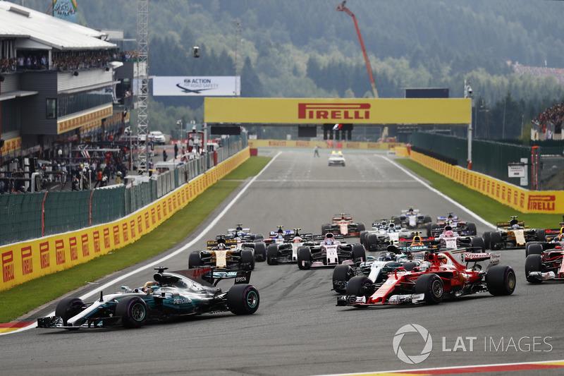 Partenza, Lewis Hamilton, Mercedes AMG F1 W08 al comando