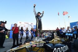 Il vincitore della gara Santiago Urrutia, Belardi Auto Racing