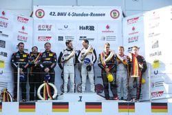 Podium: 1. #911 Manthey Racing, Porsche 911 GT3 R: Frédéric Makowiecki, Richard Lietz; 2. #8 Haribo