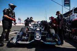 Josef Newgarden, Team Penske Chevrolet and crew