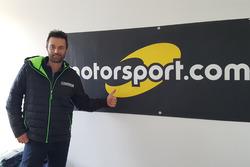 Ivan Ballinari in der Redaktion von Motorsport.com Schweiz
