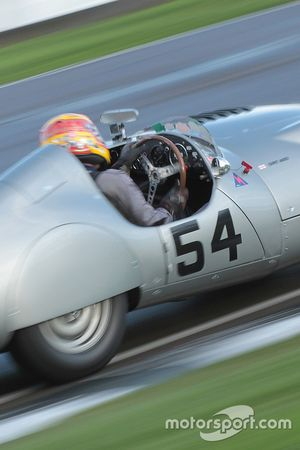 1952 Aston Martin DB3, Rob Hall