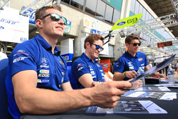 Ryan Briscoe, Richard Westbrook, Scott Dixon, Ford Chip Ganassi Racing